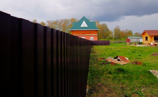 Забор из профнастила под ключ в Челябинске