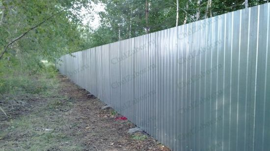 Забор для дачи из профильного листа